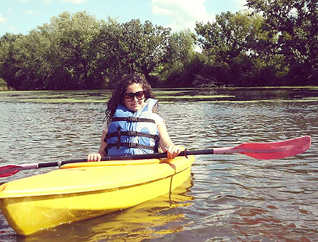 Future Leaders Exchange student from Armenia kayaking in Wisconsin
